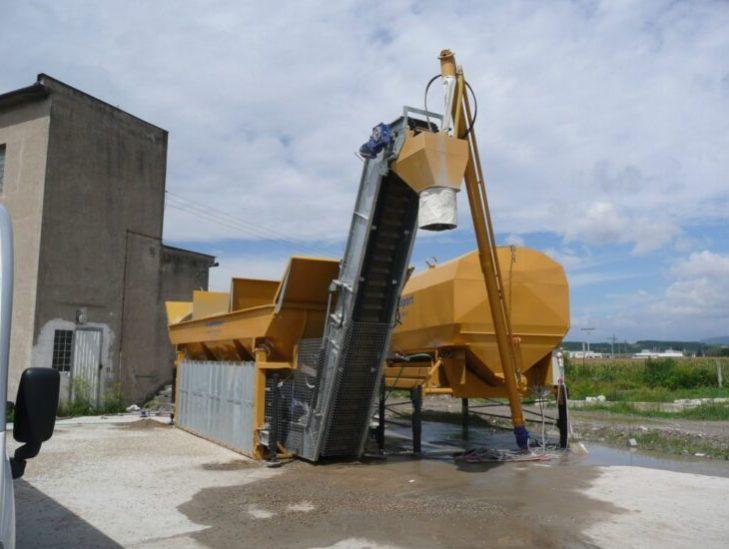 mobilni-betonarka-3-komorovy-zasobnik-silo-28m3